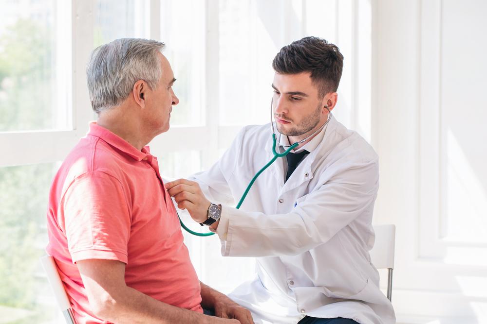 Боли в сердце причины профилактика и первая помощь